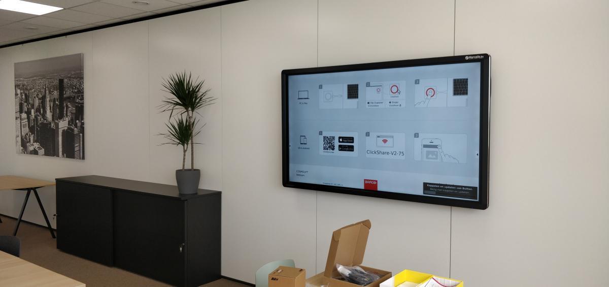 Clevertouch Pro lux 86 Barco Clickshare Cosmolift aalter Marcelis Smart Office interactief scherm
