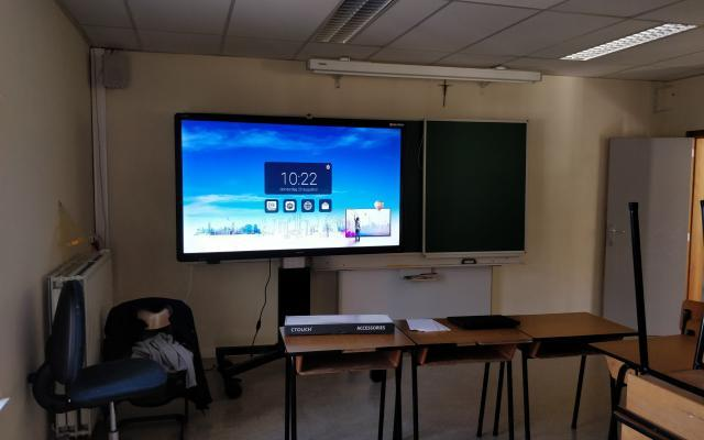 Ctouch laser sky 75 melle interactief scherm touchscreen College Melle klas Marcelis Halle Smart Office School touch